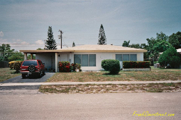 Frank Overstreet's fixer-upper in Boca Raton shortly after he bought it.